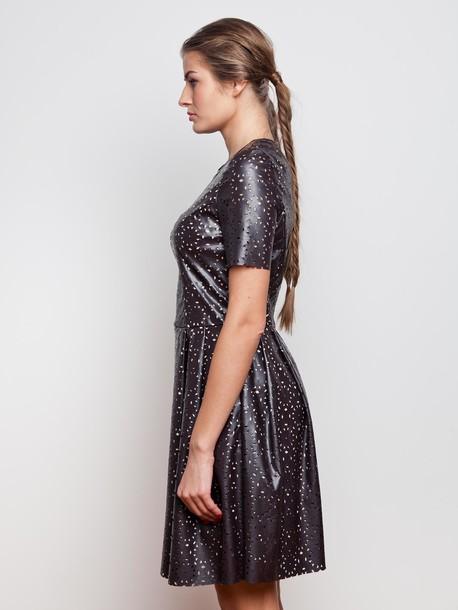 Этюд платье шоколад
